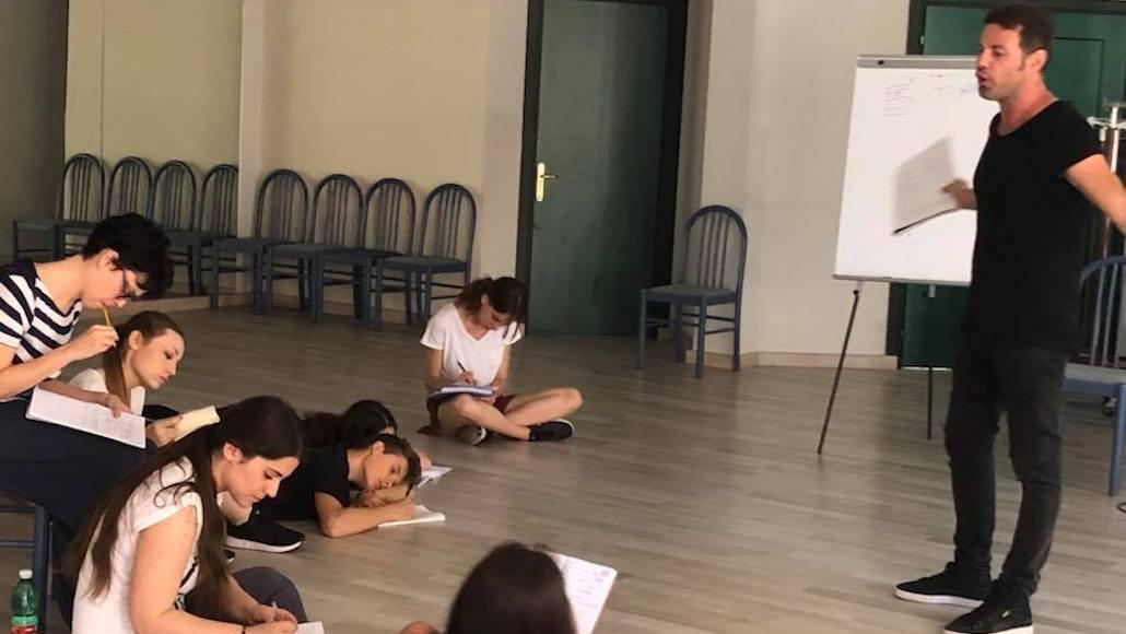 Enrico D'Amore durante la lezione