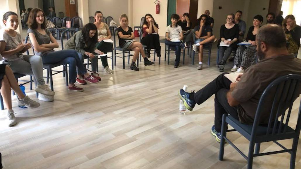 Il regista Francesco Falaschi durante la lezione