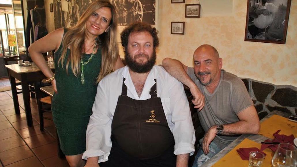 Al Ristorante Mangiafuoco di Piombino Gianna con il Maestro Luca Pitteri dopo una lezione di Canto