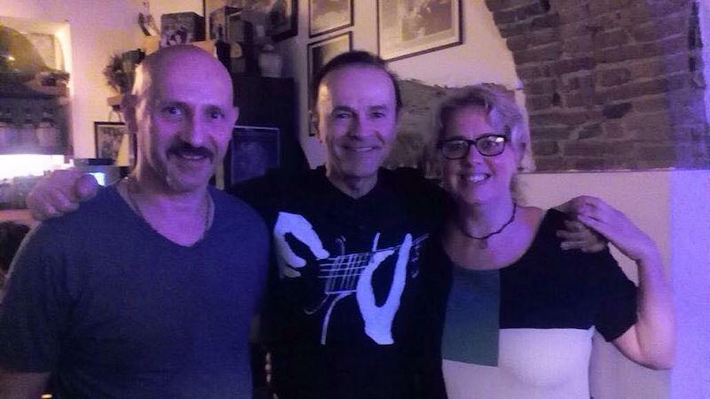Al Ristorante Il Boccon di Vino dopo una Masterclass a Le Muse, Dodi Battaglia con i titolari Walter e Flavia. Era il 2015.