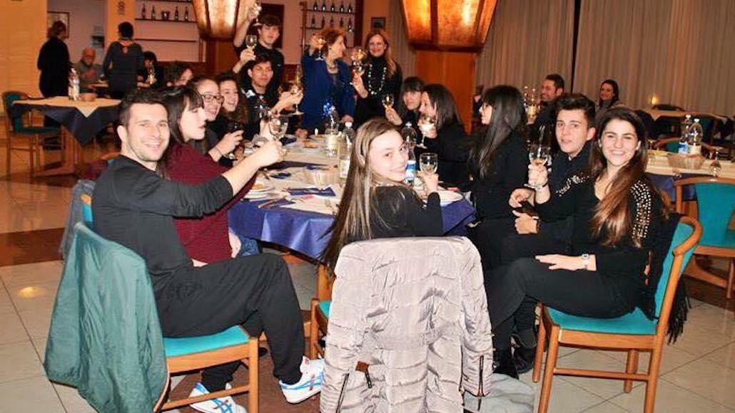All'Hotel Phalesia Le Muse a tavola dopo una lezione di Recitazione con il docente Fioretta Mari
