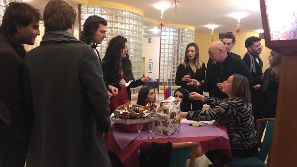 All'Hotel Phalesia i preparativi per la cena di Natale 2016